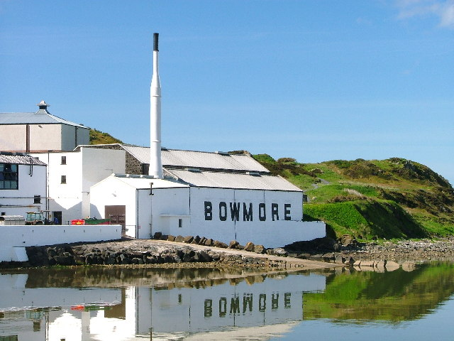 Image for Bowmore wins gold at the International Spirits Challenge 2019